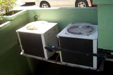 Outdoor compressor unit